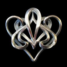 """Art Nouveau Jewellery - Antique Dealers - The Gooday Gallery, """"unusual example of the swirling lines associated with the French Art Nouveau design"""""""