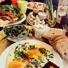 NourishRDs: Mediterranean Diet: More Vegetables for Breakfast!
