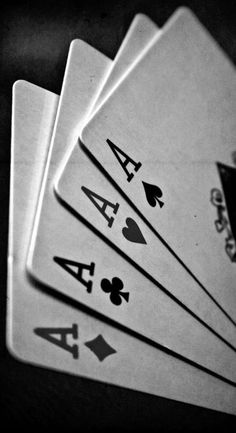 "Joker ""How many aces are in this fuckin game?"" - Joker ""How many aces are in this fuckin game? Beste Iphone Wallpaper, Ps Wallpaper, Trendy Wallpaper, Screen Wallpaper, White Wallpaper, Wallpaper Quotes, Pretty Little Liar, Der Joker, Black And White Aesthetic"