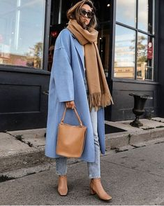 If you love neutral coloured fashion, this is the way to sport a soft blue coloured coat with a bunch of neutral accessories like a camel scarf, tan bag, and tan boots. (Le Fashion: How a Neutral-Lover Can Pull Off a Colorful Coat for Fall) Winter Mode Outfits, Winter Fashion Outfits, Casual Winter Outfits, Look Fashion, Autumn Winter Fashion, Fall Outfits, Girl Fashion, Fashion 2020, Summer Outfits