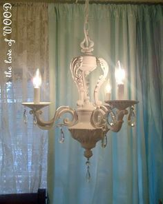 4 the love of wood: PORCELIAN ROSES AND CHANDELIERS - bedside lighting