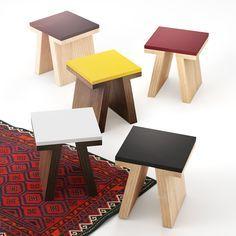 Zestaw mebli inspirowany kulturą japońską. Solidne nogi nawiązujące swym kształtem do charakterystycznych znaków japońskiej kaligrafii zostały zestawione z prostą bryłą korpusów. Całość pomimo mocno wyróżniającej się podstawy zamyka się w harmonijnej, zró…