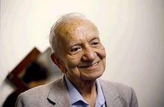 Mário de Miranda Quintana – (RS 1906 – RS 1994) poeta, tradutor e jornalista.