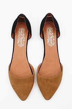 love the two-tone flats
