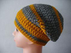 Crochet hat, 15 EUR