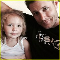 Jensen Ackles with his daughter Justice August 2015