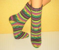 Handgestrickte Socken  in Gr.38/39 von Strickwelten auf DaWanda.com