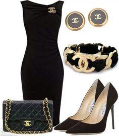 Classy black dress, www.lolomoda.com