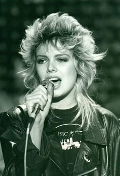 Pop Singers, Female Singers, Glam Rock, Music Love, Pop Music, Hard Rock, Heavy Metal, Kim Wilde, Dark Wave