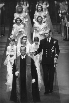 Royal Wedding: Queen Elizabeth II and Prince Philip's Westminster Abbey nuptials - Photo 7 Princesa Elizabeth, Princesa Anne, Royal Brides, Royal Weddings, George Vi, Young Prince Philip, Prince Charles, Lady Diana Spencer, Prinz Philip