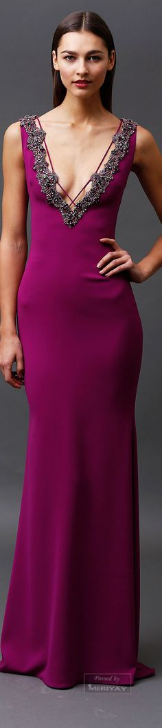 Badgley Mischka's Pre Fall Collection is simply Dreamy! An elegant palate of jewel tones and bold color is sure to please! Runway Fashion, High Fashion, Fashion Show, Fashion Design, Fashion 2015, Modern Fashion, Couture Fashion, Fashion Brands, Vestidos Color Vino