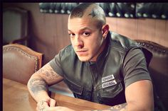 juice sons of anarchy promo photos | Sons of Anarchy' Star Theo Rossi Talks Juice's Fate and His ...