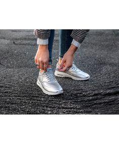 7ad83e9bc43 Air Max Thea SE Metallic Silver Summit White Womens Shoes