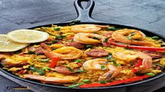 Achari Chicken Tikka | Achari Murgh Tikka Recipe » Foodies Terminal Easy Spanish Paella Recipe, Shrimp Paella Recipe, Potted Shrimp, Tandoori Masala, Pressure Cooking, Slow Cooking, The Fresh, Cookies Et Biscuits, Instant Pot