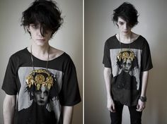 emO in a Scissorhands tee Hipster Grunge, Grunge Style, Soft Grunge, Grunge Hair, Goth Guys, Emo Guys, Tokyo Street Fashion, Nu Goth, Inspiration Mode