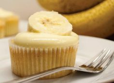 Cheesecake Cupcakes, Yummy Cupcakes, Sweets Cake, Mini Cakes, Cup Cakes, Fritters, Cheesecakes, Donuts, Muffins