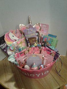 Cute Birthday Gift, Birthday Gift Baskets, Easter Gift Baskets, Birthday Gifts For Boys, Friend Birthday Gifts, Boy Birthday, Grandpa Birthday, Birthday Crafts, Birthday Quotes