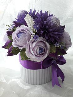 Diy And Crafts, Paper Crafts, Paper Bouquet, Crepe Paper Flowers, Deco Table, Real Flowers, Floral Arrangements, Floral Design, Rose