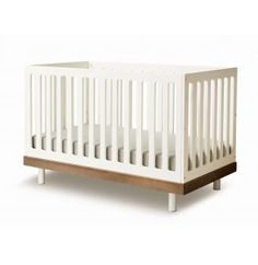 Classic convertible bed 0 - 6 years - Walnut Oeuf NYC Baby Children- A large selection of Design on Smallable, the Family Concept Store - More than 600 Boys Bedroom Furniture, Baby Furniture, Girls Bedroom, Cot Bedding, Crib Mattress, Modern Baby Cribs, Convertible Bed, Modern Kids, Toddler Bed