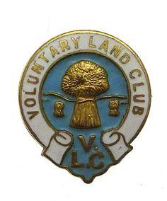 World War Two Womens Voluntary Land Club Enamel Badge