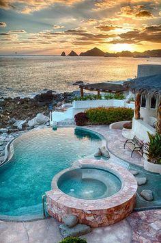 Escapada a Cabo San Lucas, Mexico.  http://escapadafindesemana.org/
