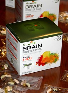 SPECIFIC design for adults over 50 EXCLUSIVE combination of supplements SYNERGISTIC work targeting each of the aging processes PREMIUM quality of ingredients CONVENIENT easy-to-grab packets