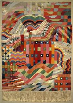 The weaving workshop was one of the most successful workshops at the Bauhaus. It was primarily attended by women. Here, they experimented with both traditional and industrialised weaving techniques. This image is of the Slit Tapestry Red-Green by Gunta Stölzl
