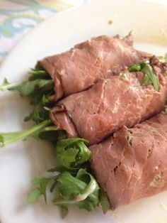 Roast beef roll ups with arugula, pepper jack, and horseradish Dijon mayo.  South Beach phase 1.