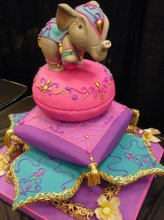 The most perfect baby shower cake. I would be the one with a Moroccan themed baby shower. With traditional Indian Bollywood theme and dresses with my Bally out! Pretty Cakes, Cute Cakes, Beautiful Cakes, Amazing Cakes, Indian Cake, Indian Wedding Cakes, Indian Theme, Moroccan Theme, Moroccan Style