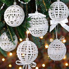 Christmas Snowballs Thread Crochet Patterns ePattern - Leisure Arts