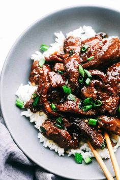 Super Easy Mongolian Beef (Tastes Just like P.) Super Easy Mongolian Beef (Tastes Just like P.) Super Easy Mongolian Beef (Tastes Just like P.) – The Recipe Critic Healthy Recipes, Top Recipes, Dinner Recipes, Cooking Recipes, Cheap Recipes, Healthy Nutrition, Drink Recipes, Easy Food Recipes, Healthy Eating