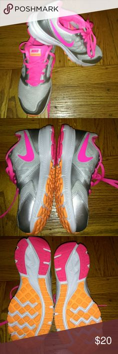 Dowshifters 6 Nike Gently used...nice...clean Nike Shoes Sneakers