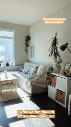Small Apartment Decor Hacks You Must Try [Video] in 2020   Small apartment decorating living room, A