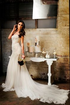 Industrial Chic Bridal Inspiration | Photographer: Con Tsioukis | Gowns: JASONGRECH White