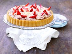 Helppo kesäkakku Cheesecake, Pie, Favorite Recipes, Desserts, Food, Torte, Tailgate Desserts, Cake, Deserts
