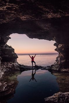 Top 10 Things to Do in Bruce Peninsula, Ontario - Grotto and Indian Head Canadian Nature, Canadian Travel, Weekend Trips, Day Trips, Tobermory Ontario, Parks Canada, Canada Trip, Ontario Travel, Canada Destinations