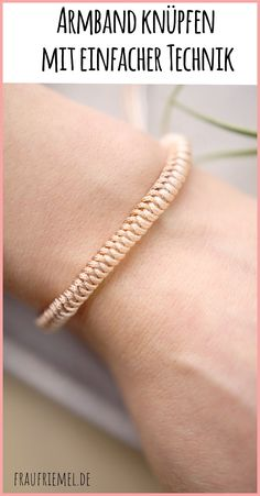 Paracord Bracelet - Simple Guide - Make a bracelet for women in spring colors. With simple loop technique DIY bracelets with macrame s -Braiding Paracord Bracelet - Simple Guide - Make a bracelet for women in spring colors. With simple loop techni. Diy Jewelry Rings, Diy Jewelry Unique, Diy Jewelry To Sell, Jewelry Tags, Jewellery, Diy Paracord Armband, Armband Diy, Bracelet Knots, Paracord Bracelets