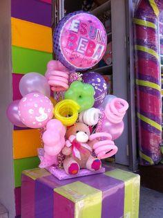 Ha nacido una hermosa nena! Envío a domicilio, peluche con globos. www.regalosamer.com.mx