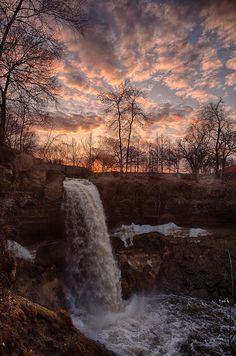 Minnehaha Falls - the thaw | Flickr - Photo Sharing! Jay Larson