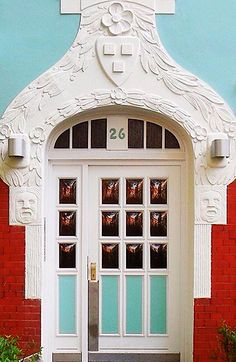 Hamburgo, Alemania ... #Door #Gates #Windows #Design