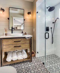 Ciment Tiles Wood Furniture Black Faucet Carreaux de ciment Meuble en Bois Robinetterie Noire