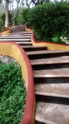 Escalones, Cerro de las Campanas, Qro. Mex.