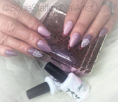 Lovely set by Sonia Stafford - Nail Artist using our new Vintage Collection from our Polish Pro gel polish range.