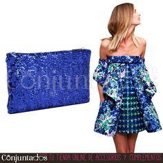 ¿Necesitas un #bolso de mano cómoda y fácilmente combinable? No lo pienses más, este accesorio será todo un acierto ★ 9'95 € en http://www.conjuntados.com/es/bolso-de-mano-con-lentejuelas-azul-klein.html ★ #novedades #bolso #handbag #purse #lentejuelas #paillettes #cartera #bolsodemano #conjuntados #conjuntada #accesorios #complementos #moda #fashion #fashionadicct #picoftheday #outfit #estilo #style #GustosParaTodas #ParaTodosLosGustos
