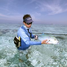 Bluefin Trevally  #aosfishing #flyfishing #fliegenfischen #pescamosca #graz #styria #steiermark #onlineshop #picoftheday #photooftheday #lovefishing #austria #indianocean #catchoftheday #looplife #catchandrelease #looplife #fluefiske #ginclear #bluefintrevally