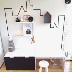 Mommo design: black and white ikea hacks for kids playroom - Clear Chairs, Deco Kids, White Rooms, Kids Corner, Kid Spaces, Decorating On A Budget, Ikea Hacks, Kids House, Quartos