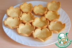 Crumb baskets you can fill with salty or sweet cream and salad! Desert Recipes, Gourmet Recipes, Sweet Recipes, Cake Recipes, Snack Recipes, Cooking Recipes, Snacks, Savory Pastry, Savoury Baking