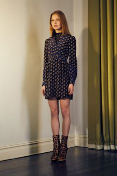 http://www.vogue.com/fashion-shows/fall-2016-ready-to-wear/nanette-lepore/slideshow/collection