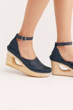c58bb837ecc 382 Exciting I Heart Shoes images in 2019