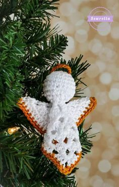 Crochet Granny Square Angel Christmas Ornament Free Pattern Source by letscrochetorg Crochet Christmas Decorations, Christmas Crochet Patterns, Crochet Ornaments, Crochet Snowflakes, Holiday Crochet, Crochet Ornament Patterns, Crochet Angel Pattern, Crochet Angels, Granny Square Crochet Pattern